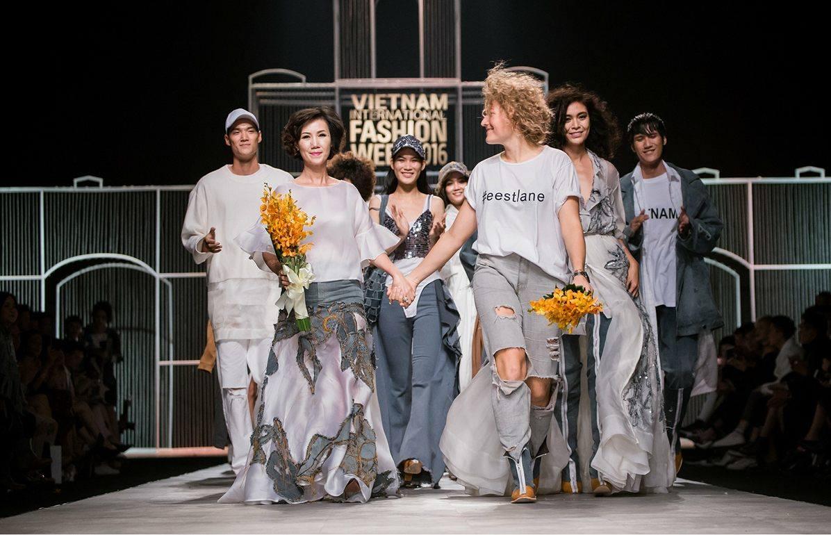 Renowned Estonian Fashion Designer Xenia Joost To Become Fur Free Loomus