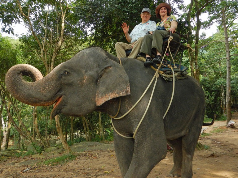 thai-elephant-ride-1